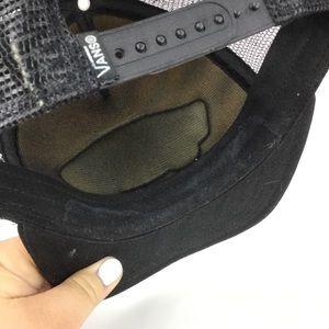 Vans Accessories - Vans Tiger Striped Mesh Snap Back Trucker Hat
